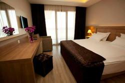 YALI PARK HOTEL