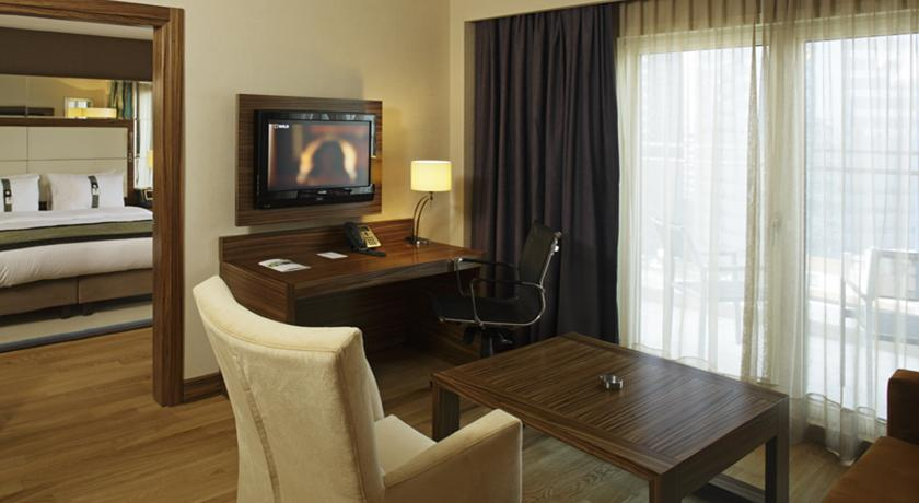 HOLIDAY INN ŞİŞLİ