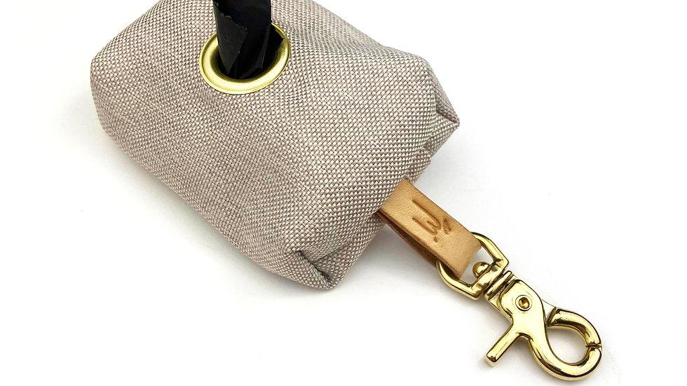 Kotbeutelspender - mit Lederband - Beige - Messing