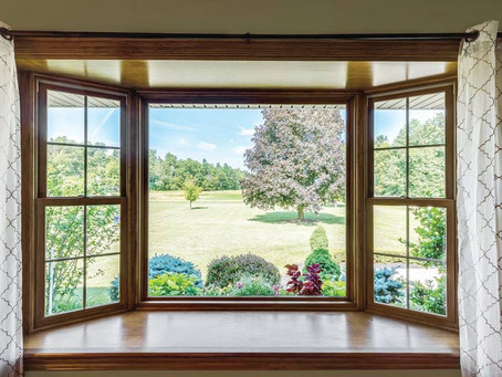 What Is The Difference Between Bow And Bay Windows?