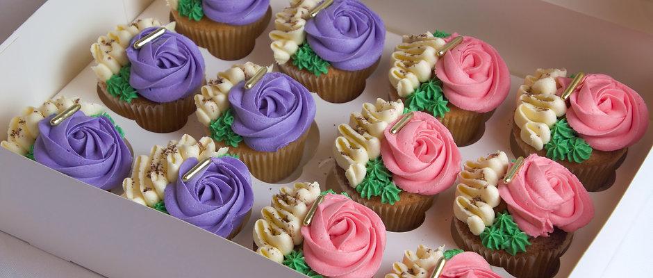 Box of 12 Cupcakes