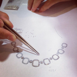 Selecting Diamonds