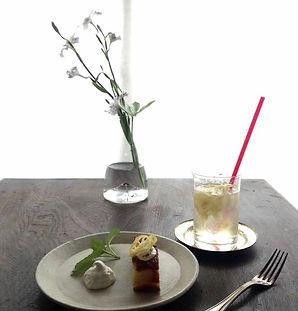 スノウドロップのレモンケーキとレモネード.JPG