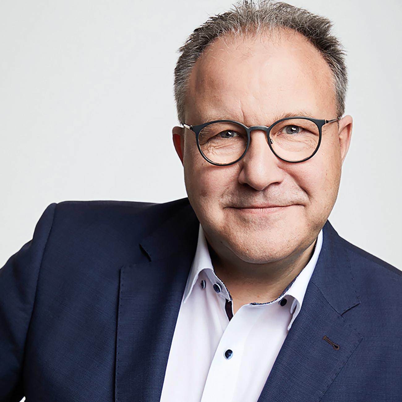 Prof. Dr. R. Horstmann