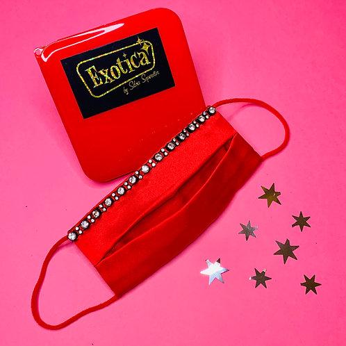 Mascarilla de raso roja con fantasía diamante grande