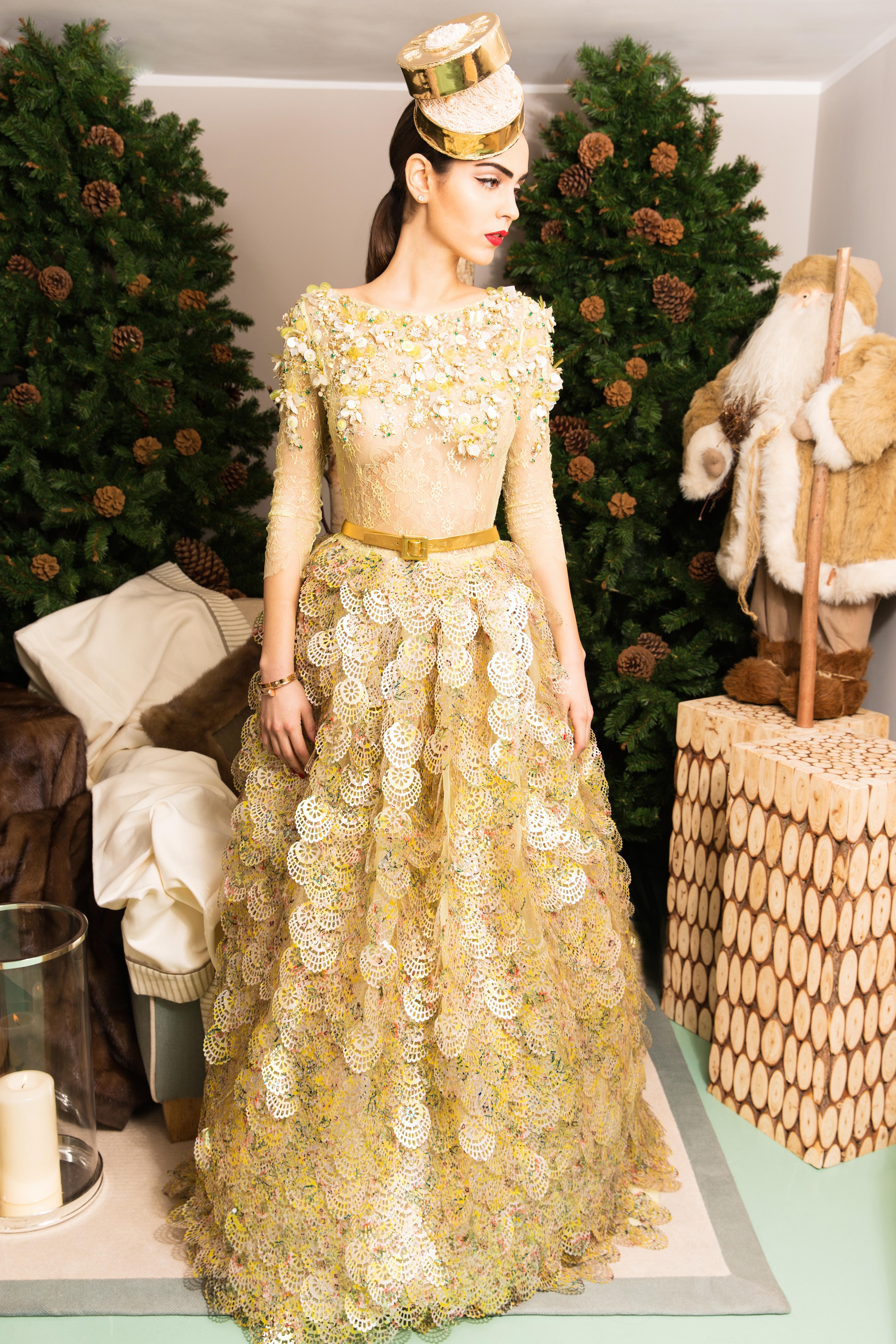 Julia gold dressFINAL