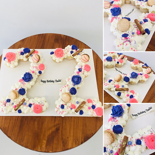LETTER OR NUMBER CUPCAKES