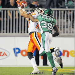 Marco Iannuzzi silencing crowd at historic Mosaic stadium with 2 TD performance