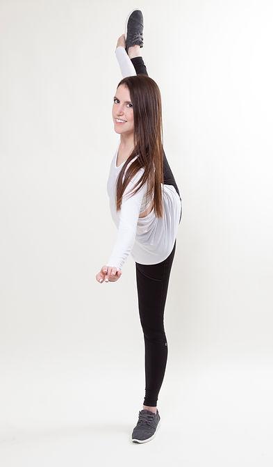 Athletic leg mount pose