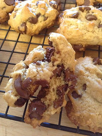 vegan chocolate chip cookies 3.jpg