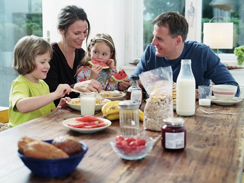 Say What? Healthy eating with a family? What's that?