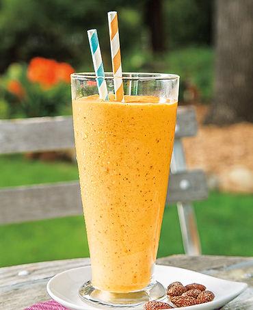 Mango Date Frozen yogurt Smoothie.jpg