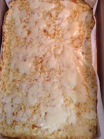 caulifower cheesy bread pic2.jpg