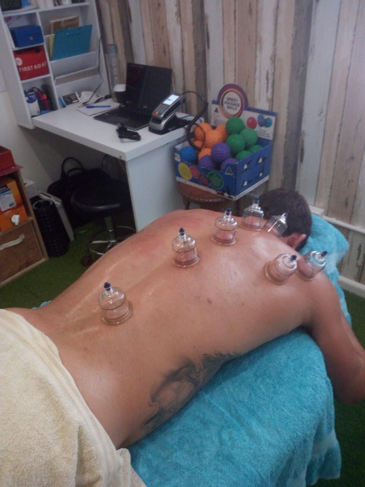 1.5hr Cupping & Massage