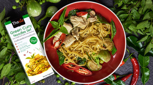 green curry prob and product-2.jpg