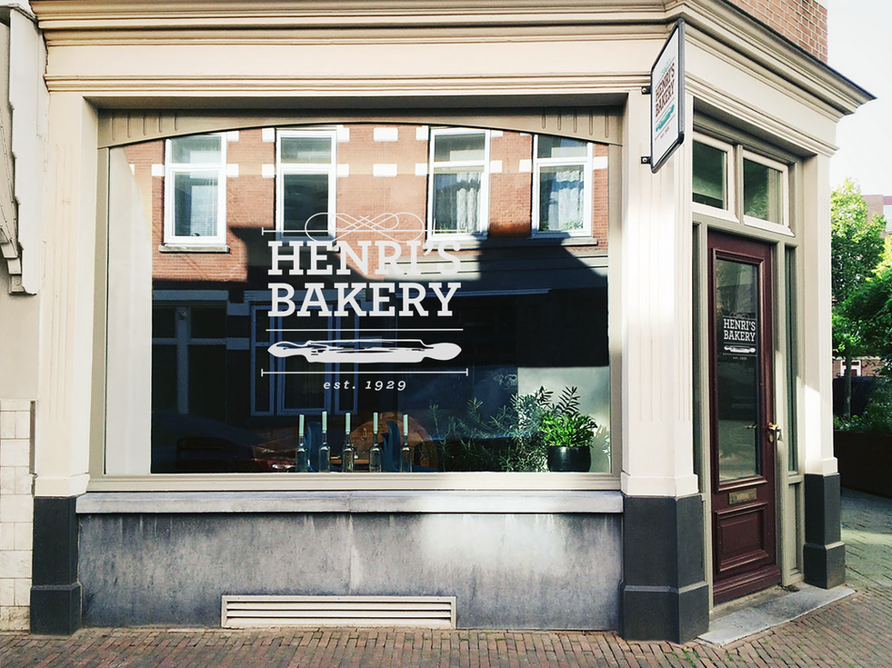 Henris Bakery Store Front.tiff