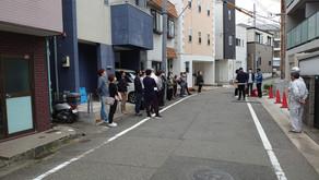 ☆☆現場便り☆☆西宮作業所は8日にお客様(代表)が多くの人を集めて現場視察が行われました。地元の方だけでなく遠方の方も見えました。
