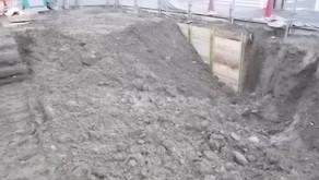 ☆☆現場便り☆☆黒門町(作)本日より新年の作業を開始します。工程は掘削、横矢板を施工中です。