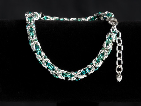 Just silver and green byzantine bracelet