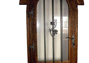 dveře z masivu, nábytek na zakázku, výroba dveří, výroba nábytku, dveře na míru, nábytek na míru