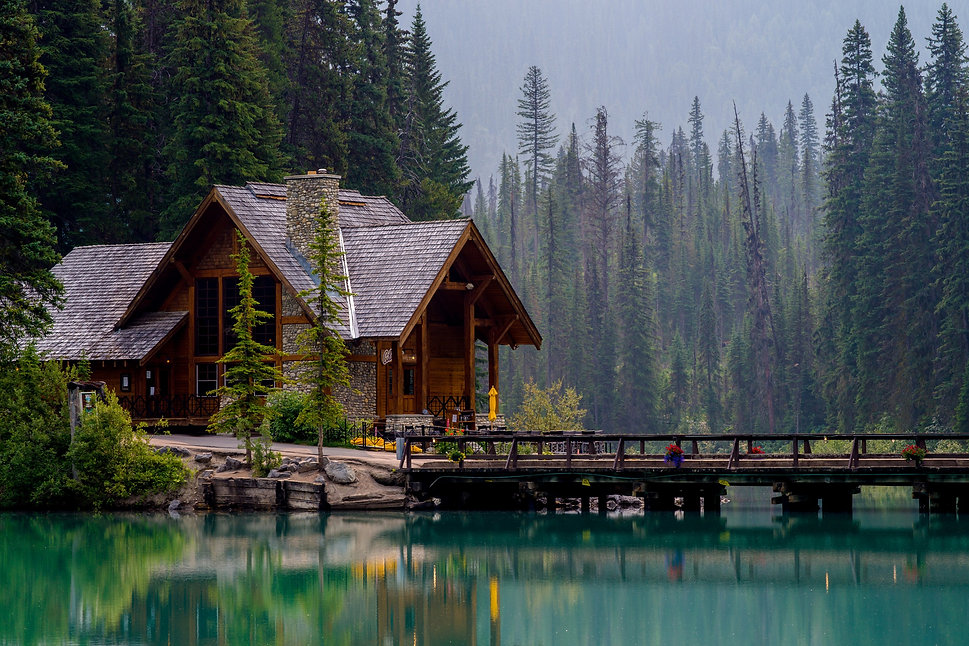 Canada_Parks_Lake_Houses_Bridges_Emerald
