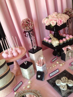 Black & Pink Candy Table