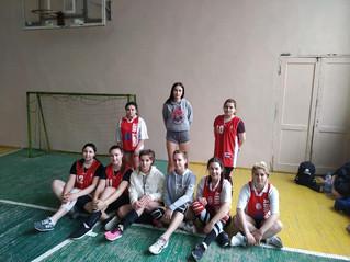 Наші дівчатка 26 лютого  у перший день змагань з волейболу увійшли у фінал  Тримаємо 👊✊ в п'ятн