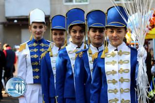 """Наш пошук і творчість – тобі, Україно""""."""