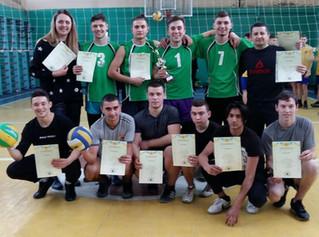 Вітаємо нашу збірну по волейболу з призовими місцями !!! 🎉