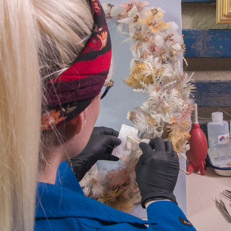 Funerary Featherwork: Conservation of an American Feather Wreath