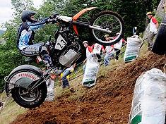 Moto-Montee-impossible-La-bresse14-2.jpg