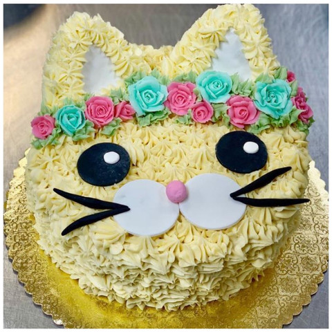 Flower Crown Cat Cake