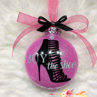 Flaticon heel xmas ornament Mara Liala P