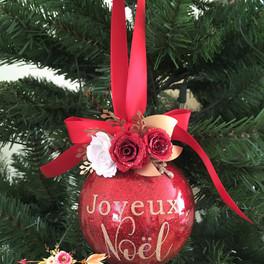 joyeux noel red ornament Mara Liala Pape