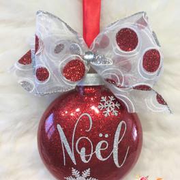 Noel red ornament Mara Liala paper petal