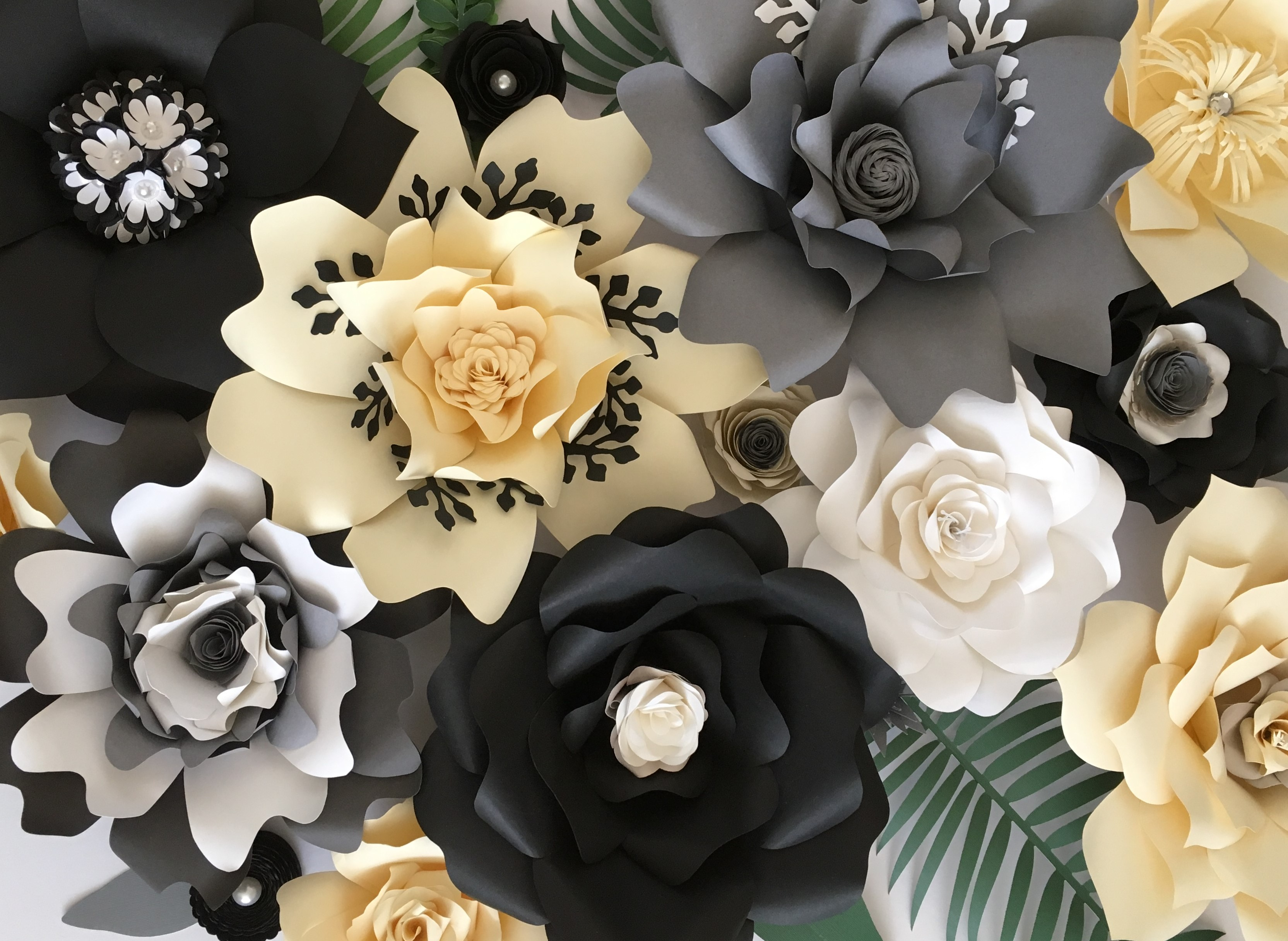 Mara Liala paper petals
