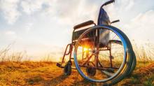 如何幫長輩挑選一張好輪椅?