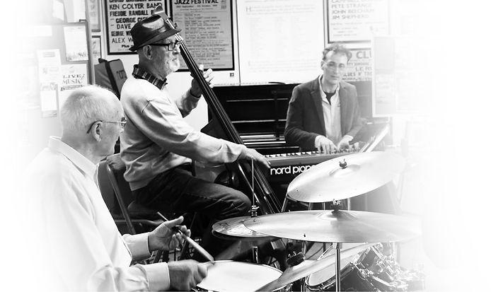 Glyn Morgan Trio.JPG 2.jpg