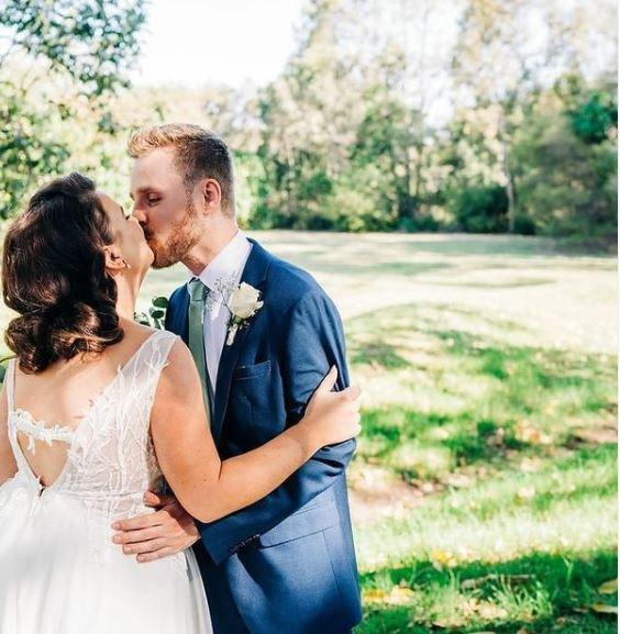bride groom brisbane 2020 dani bartlet photography
