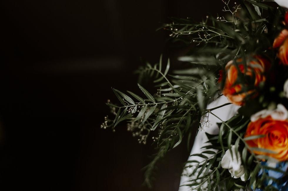 orange blue wedding bouquet flowers
