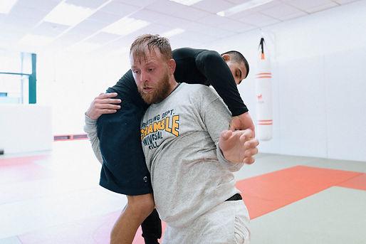 wrestling-Kane-Charig.JPG