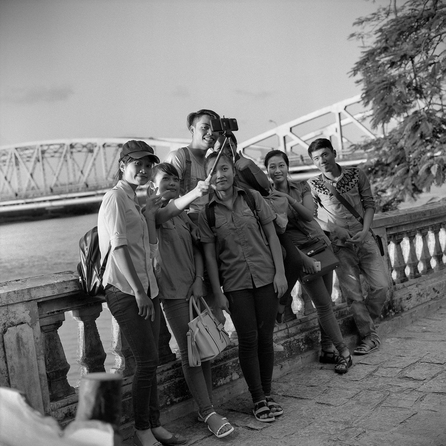 Jeunes sur Le Loi Selfi Hue 2015