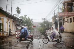 Motos sous la pluie à Hue, 2015