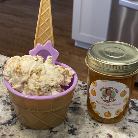 Homemade Peach Crisp Ice Cream