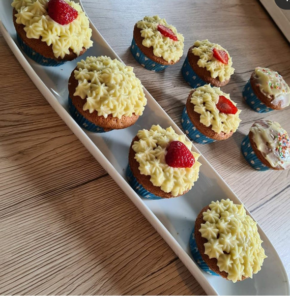 Vanille #Cupcakes mit #Frosting
