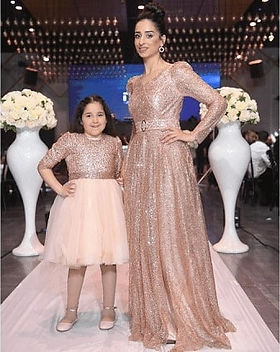 הכי מאושרות👸👸❤_#שמלותלהשכר #שמלתערבלהשכרה #שמלותמחרוזות #שמלותערב #סטודיו נדיה.jpg