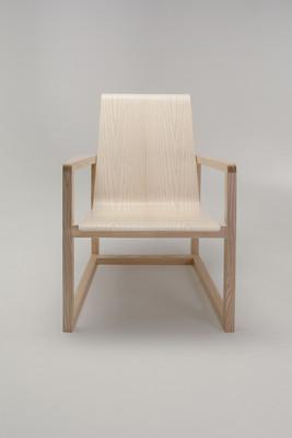 Serene-Easy-Chair_6_1280x1920_72dpi.jpg