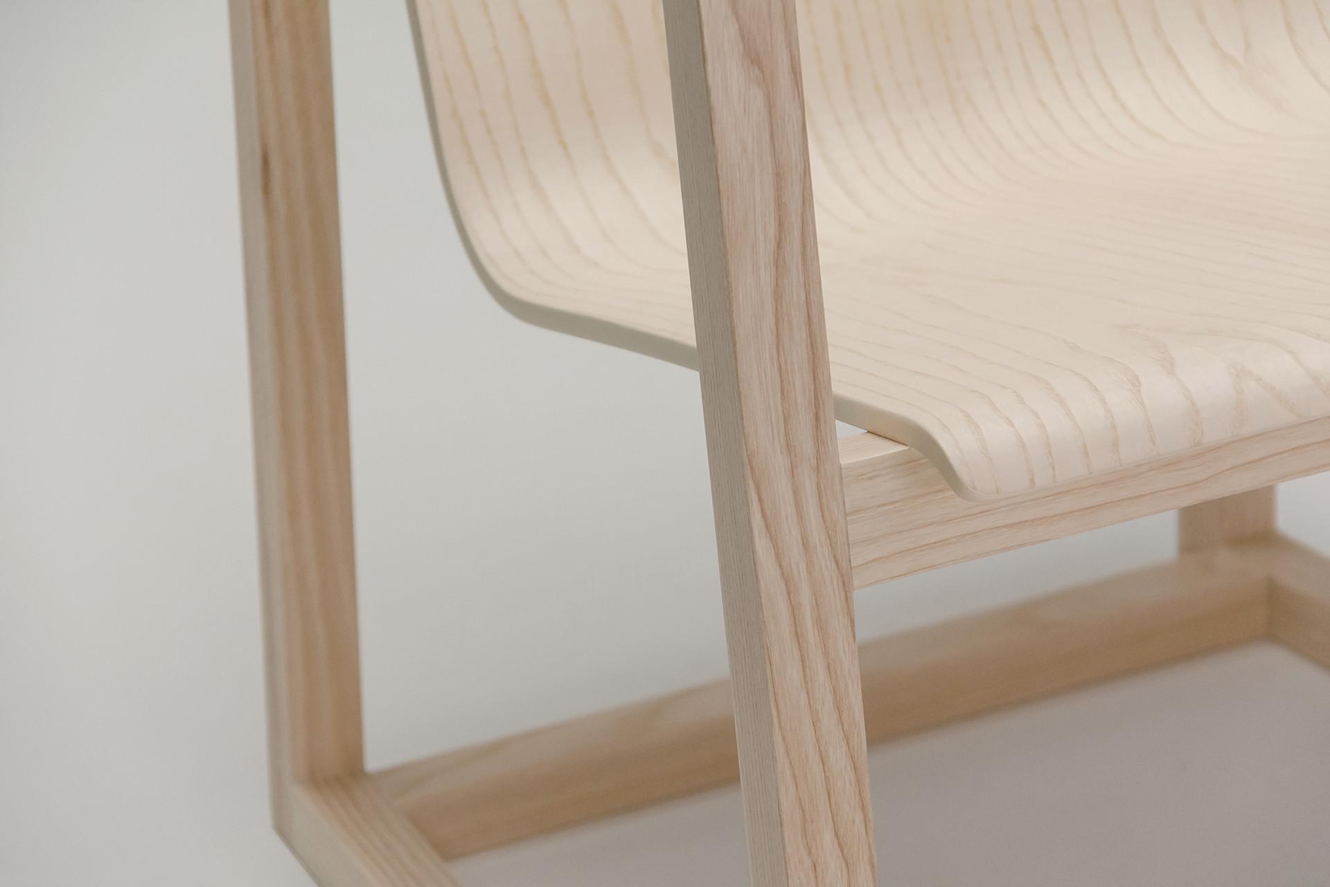 Serene-Easy-Chair_10_1920x1280_72dpi.jpg