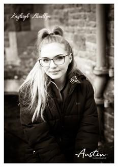 Kayleigh Llewellyn B&W Edition 3.jpg