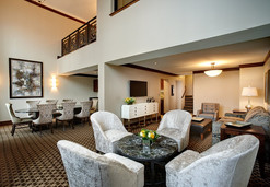 luxury-hotel-pg_pres_suite_living_room.j